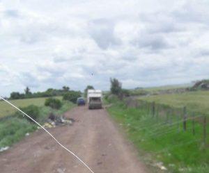 camion-recolector-custodia-policial