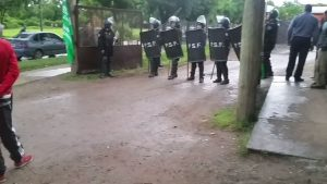 formacion-policial-conflicto-recolectores