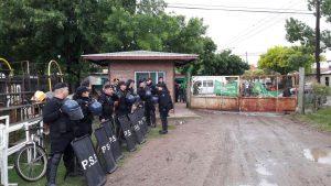formacion-policial-conflicto-recolectores-dos